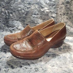 Ariat loafer slip on clogs size 9